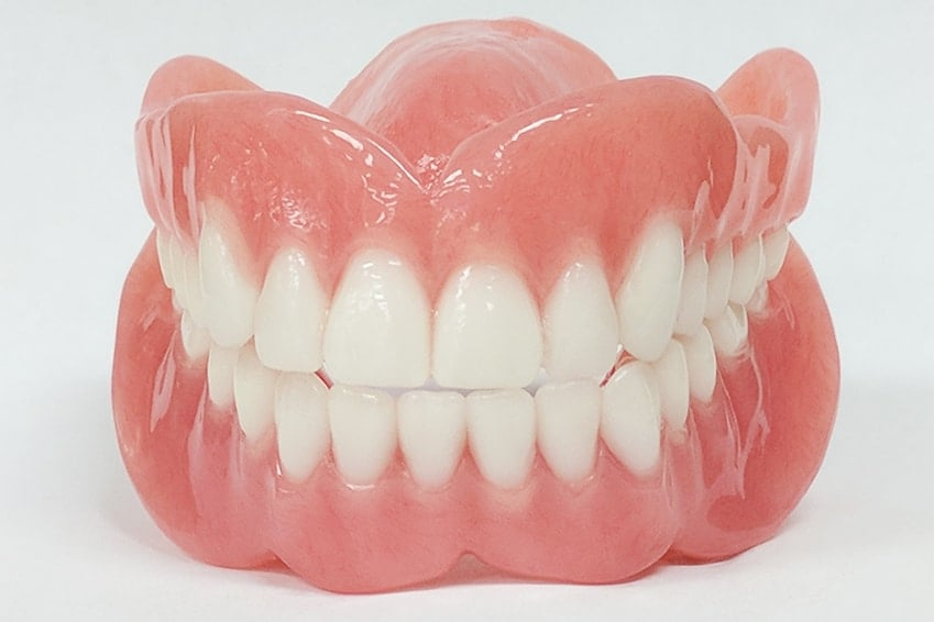 prosthetic-denture-technology